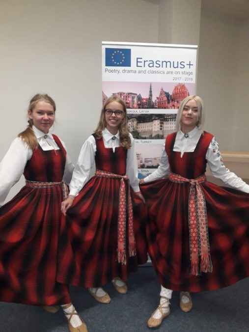 "ERASMUS+ ""POETRY DRAMA AND CLASSICS ARE ON STAGE"" Prāga 30.09.-06.10.2018"